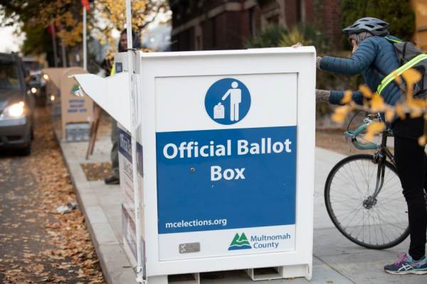 """HUGE SCANDAL: Oregon Changes Hundreds Of Republican Ballots To """"Non Partisan"""" Denying GOP Voters the Right To Participate In Primary"""