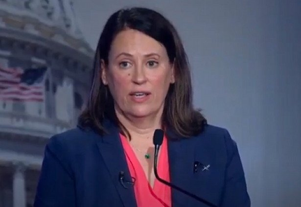 Iowa Democrat Won't Say Whether Illegal Border Crossings Should be Decriminalized (VIDEO)