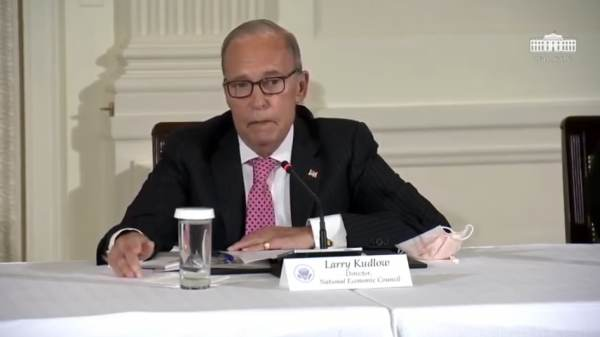 White House Economic Advisor Larry Kudlow Shares a Personal Story About His Recovery from Alcoholism These Past 25 Years