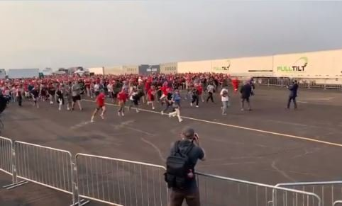 MUST SEE: Thousands of Trump Supporters Rush Across Tarmac to Get Best Spot to See President in Nevada (Video)