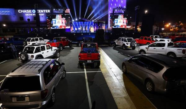 Dystopian Nightmare: Media Covers For Biden as He Blasts Video Message to 'Rally' Filled With EMPTY Red, White, and Blue Jeeps