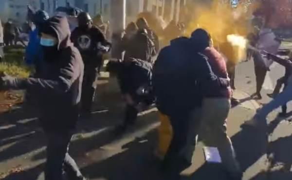 SHOTS FIRED: Dueling Pro-Trump Versus Antifa Rallies in Olympia Result in Gunfire (VIDEOS)