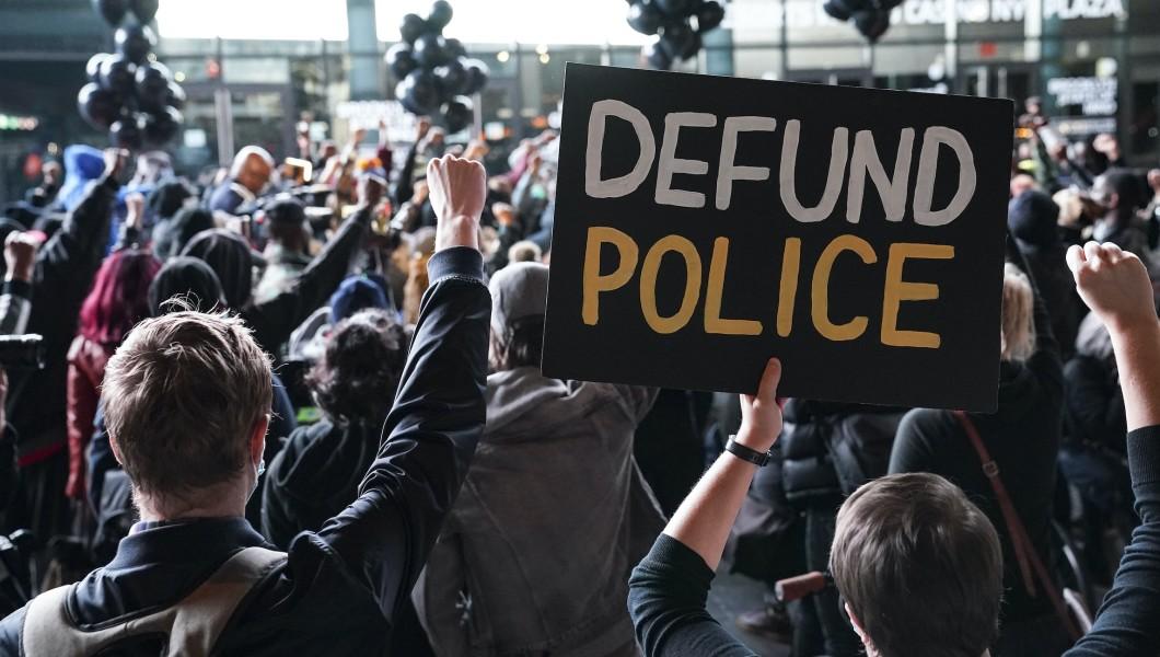 MSNBC contributor and former Obama task force member blames police for rising crime