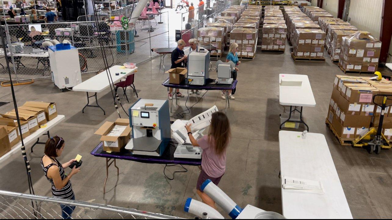 Arizona Audit: Volunteers Begin Machine Recount (VIDEO)