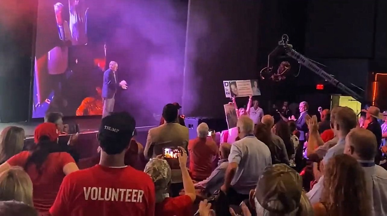 """VIDEO: Mother of Ashli Babbitt Receives STANDING OVATION at Trump's """"Rally to Protect Our Elections"""" in Arizona"""