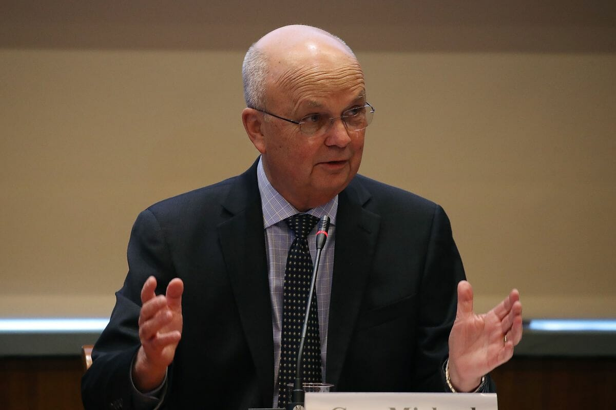 """Former CIA Director Gen. Michael Hayden Says It's a """"Good Idea"""" to Drop Off Unvaccinated Trump Supporters in Taliban-Controlled Afghanistan"""