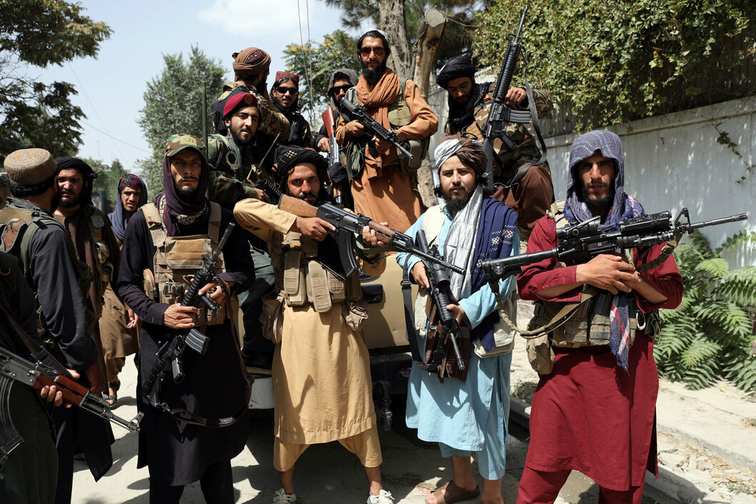Taliban has billions in US weapons, including Black Hawks and up to 600K rifles